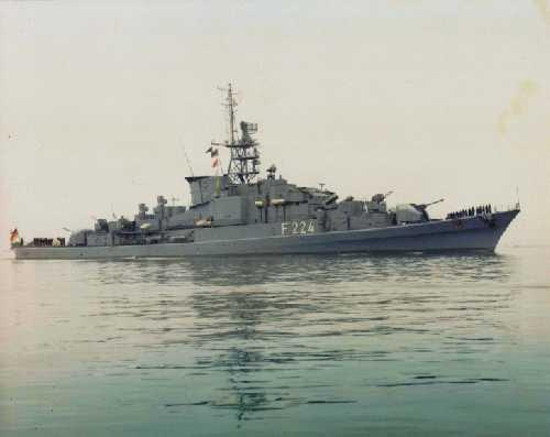 F-224-01.jpg